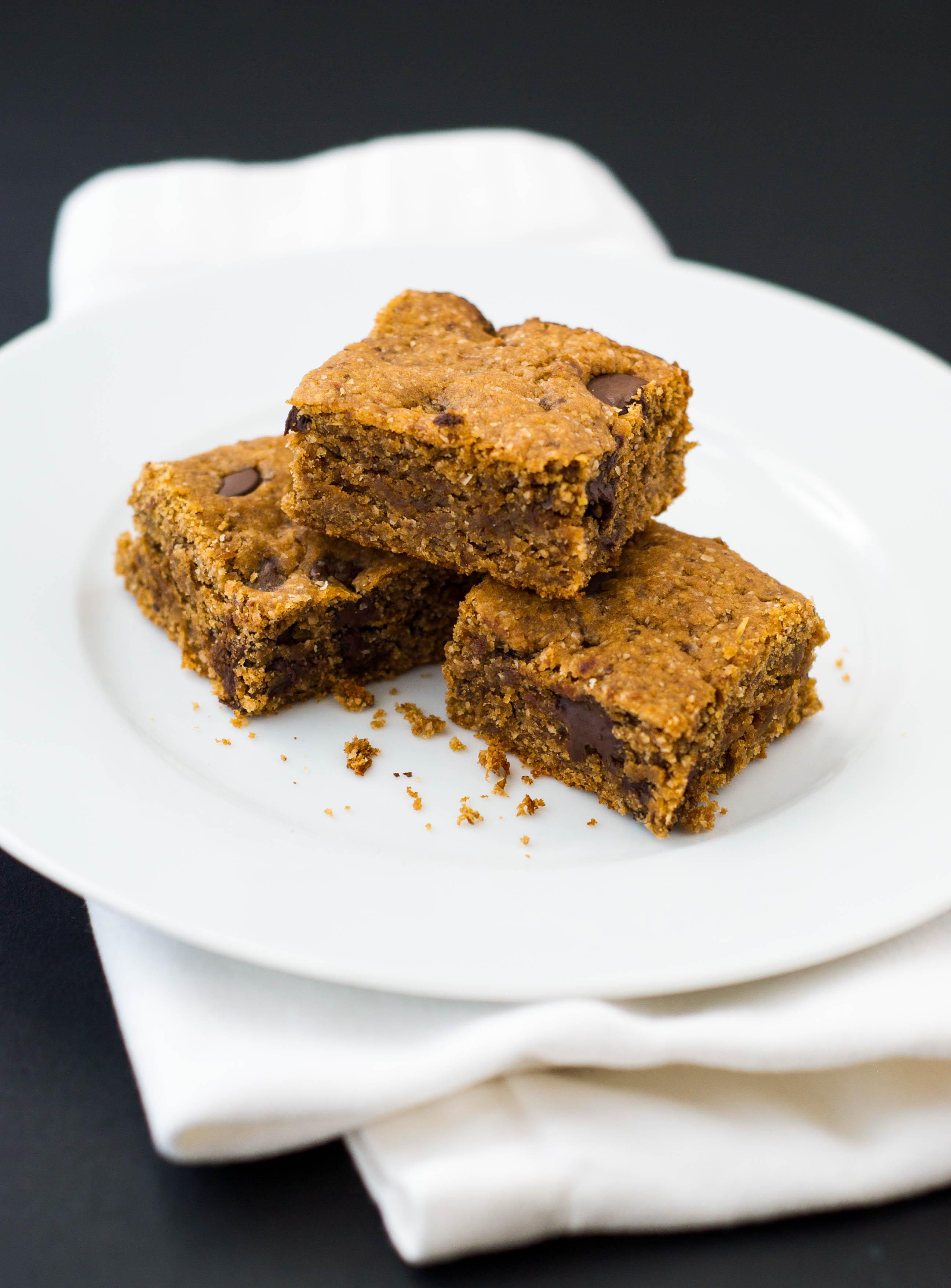 Peanut Butter Chocolate Chip Oat Bars {Gluten Free ...